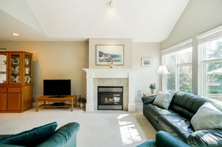 """Photo 26: 41 15450 ROSEMARY HEIGHTS Crescent in Surrey: Morgan Creek Townhouse for sale in """"CARRINGTON"""" (South Surrey White Rock)  : MLS®# R2301831"""