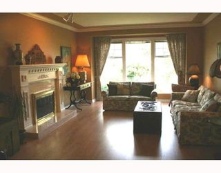 Photo 3: 6793 LONDON Drive in Ladner: Holly House for sale : MLS®# V713400