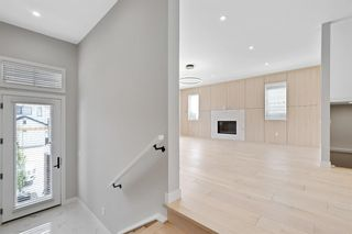 Photo 12: 24 Timberline Way SW in Calgary: Springbank Hill Detached for sale : MLS®# A1120303