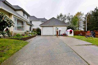 Photo 2: 12852 73 Avenue in Surrey: West Newton House for sale : MLS®# R2167370