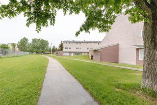 Photo 1: 9 13570 38 Street in Edmonton: Zone 35 Townhouse for sale : MLS®# E4262797