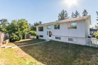 Photo 2: 2011 MCMILLAN Road in Abbotsford: Abbotsford East House for sale : MLS®# R2199487