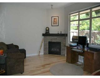 "Photo 2: 24 320 DECAIRE ST in Coquitlam: Maillardville Townhouse for sale in ""OUTLOOK"" : MLS®# V599654"