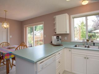 Photo 13: 557 HAIDA STREET in COMOX: CV Comox (Town of) House for sale (Comox Valley)  : MLS®# 796373