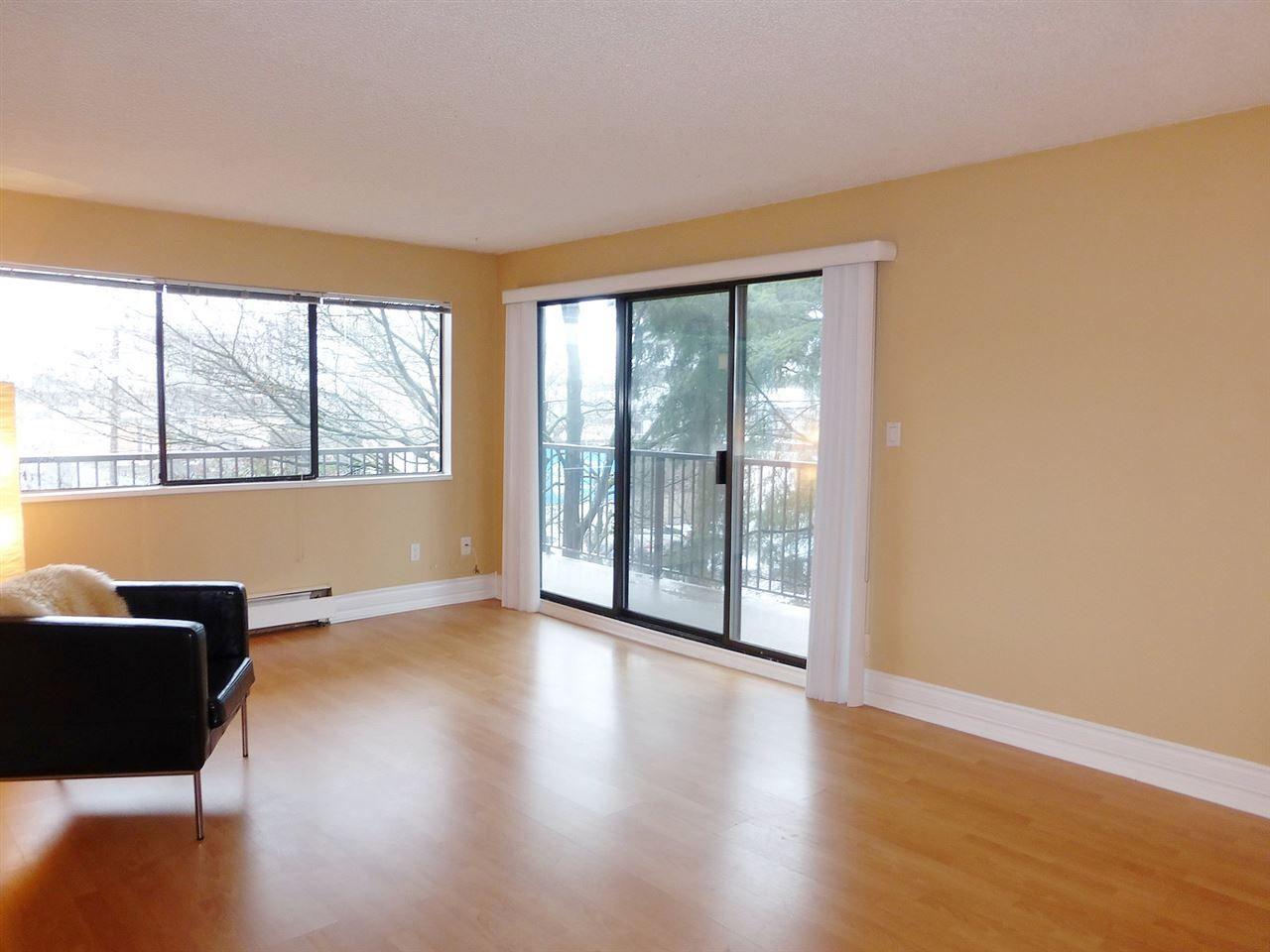 Main Photo: 237 2033 TRIUMPH STREET in : Hastings Condo for sale : MLS®# R2042720
