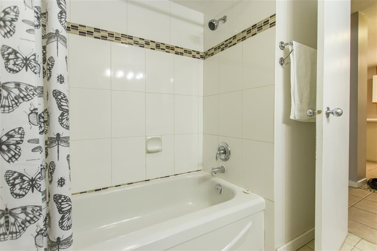 Photo 16: Photos: 205 3970 CARRIGAN Court in Burnaby: Government Road Condo for sale (Burnaby North)  : MLS®# R2536025