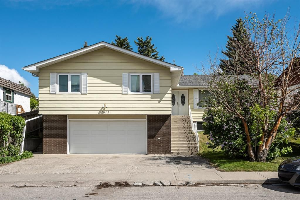 Main Photo: 1412 29 Street NW in Calgary: St Andrews Heights Detached for sale : MLS®# A1116002