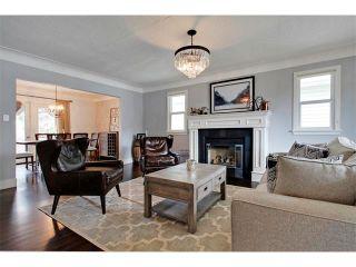 Photo 6: 419 49 Avenue SW in Calgary: Elboya House for sale : MLS®# C4008059