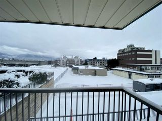 "Photo 14: 204 45744 SPADINA Avenue in Chilliwack: Chilliwack W Young-Well Condo for sale in ""APPLEWOOD"" : MLS®# R2431203"