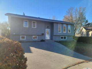 Main Photo: 1327 Oxford Bay in Regina: Glencairn Village Residential for sale : MLS®# SK874568