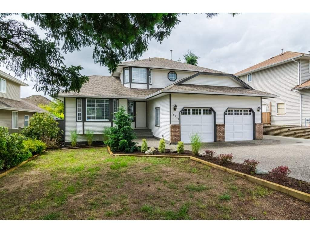 Main Photo: 18918 60 Avenue in Surrey: Cloverdale BC House for sale (Cloverdale)  : MLS®# R2082733