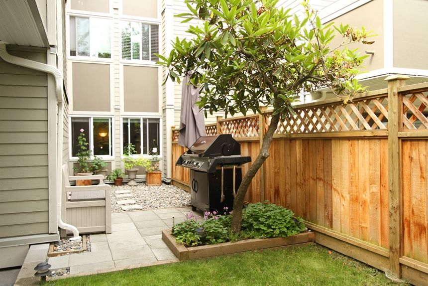 """Main Photo: 101 1775 W 11TH Avenue in Vancouver: Fairview VW Condo for sale in """"RAVENWOOD"""" (Vancouver West)  : MLS®# V899440"""