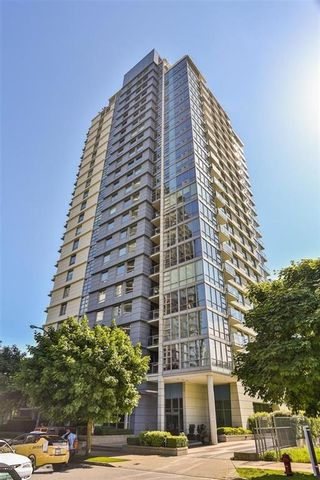 Photo 4: 2102 638 BEACH CRESCENT in Vancouver: Yaletown Condo for sale (Vancouver West)  : MLS®# R2190638