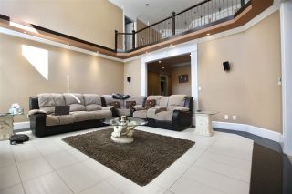 """Photo 12: 17468 103A Avenue in Surrey: Fraser Heights House for sale in """"Fraser Heights"""" (North Surrey)  : MLS®# R2557155"""