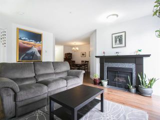 Photo 1: 305 2736 Victoria Street in Vancouver: Grandview VE Condo for sale (Vancouver East)  : MLS®# R2045239