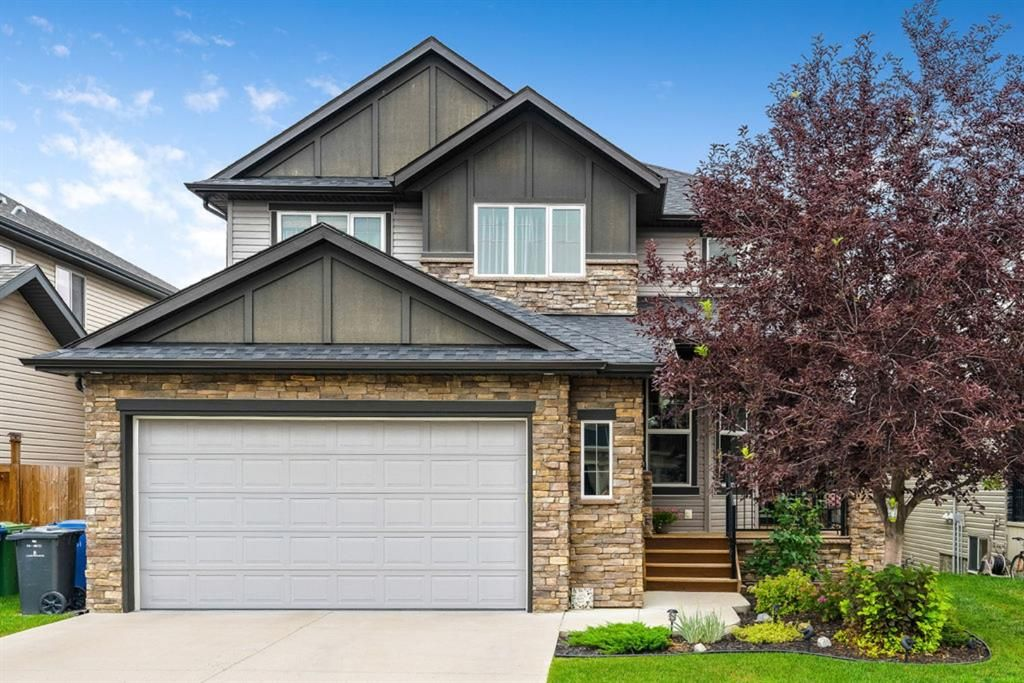 Main Photo: 122 Rainbow Falls Boulevard: Chestermere Detached for sale : MLS®# A1131788