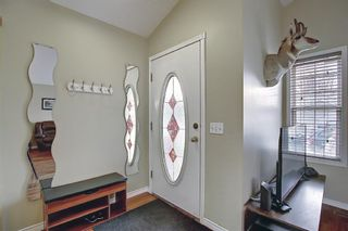 Photo 2: 1077 Country  Hills Circle NW in Calgary: Country Hills Detached for sale : MLS®# A1104987