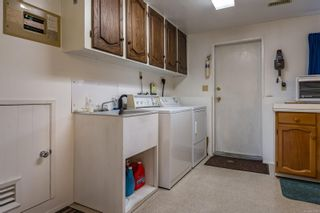 Photo 6: 2026 Hummingbird Pl in : CV Comox (Town of) House for sale (Comox Valley)  : MLS®# 858108