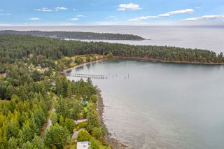Photo 3: 511 ARBUTUS Drive: Mayne Island House for sale (Islands-Van. & Gulf)  : MLS®# R2518243