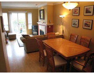 "Photo 2: 94 3880 WESTMINSTER Highway in Richmond: Terra Nova Townhouse for sale in ""MAYFLOWER"" : MLS®# V666982"
