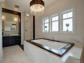 Photo 13: 1094 Bearspaw Plat in VICTORIA: La Bear Mountain House for sale (Langford)  : MLS®# 833933