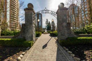 """Photo 19: 805 6837 STATION HILL Drive in Burnaby: South Slope Condo for sale in """"Claridges"""" (Burnaby South)  : MLS®# R2246104"""