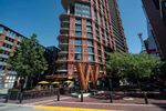 """Main Photo: 3208 128 W CORDOVA Street in Vancouver: Downtown VW Condo for sale in """"Woodward's (W43)"""" (Vancouver West)  : MLS®# R2587724"""