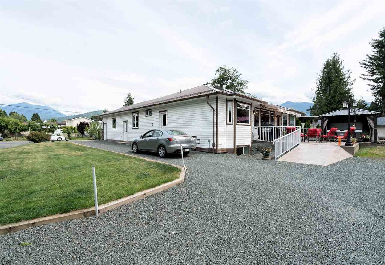 Photo 19: Photos: 6285 EDSON Drive in Sardis: Sardis West Vedder Rd House for sale : MLS®# R2277389