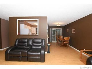Photo 11: 1026 DOROTHY Street in Regina: Normanview West Single Family Dwelling for sale (Regina Area 02)  : MLS®# 544219