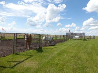 Photo 10: 1040 48520 Hwy 2A: Rural Leduc County House for sale : MLS®# E4230417
