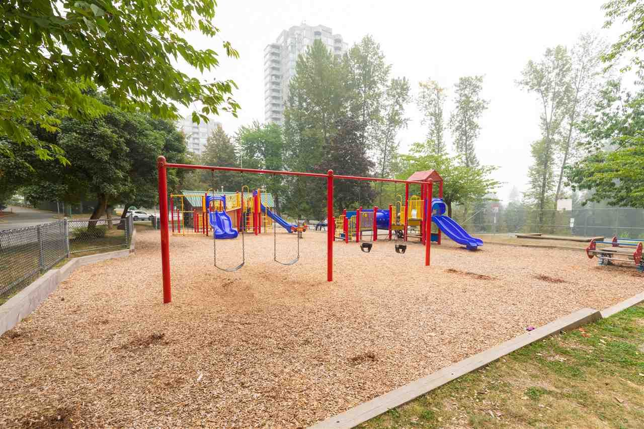 """Photo 14: Photos: 505 3970 CARRIGAN Court in Burnaby: Government Road Condo for sale in """"THE HARRINGTON"""" (Burnaby North)  : MLS®# R2499322"""