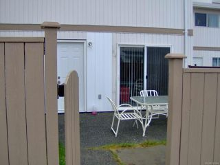 Photo 4: 36 400 Robron Rd in CAMPBELL RIVER: CR Campbell River Central Row/Townhouse for sale (Campbell River)  : MLS®# 744564