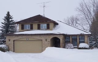 Photo 1: 98 Larch Bay in Oakbank: Single Family Detached for sale : MLS®# 1304327