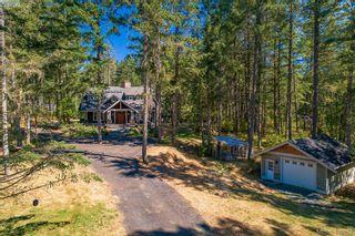 Photo 2: 3220 Eagles Lake Rd in VICTORIA: Hi Eastern Highlands House for sale (Highlands)  : MLS®# 812574