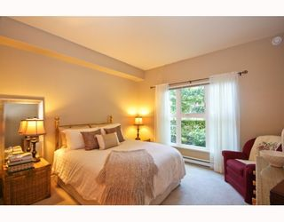 """Photo 5: 104 2253 WELCHER Avenue in Port Coquitlam: Central Pt Coquitlam Condo for sale in """"ST. JAMES GATE"""" : MLS®# V785959"""