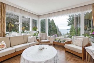 """Photo 12: 6174 EASTMONT Drive in West Vancouver: Gleneagles House for sale in """"GLENEAGLES"""" : MLS®# R2581636"""