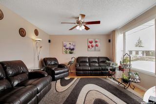 Photo 5: 34 Yingst Bay in Regina: Glencairn Residential for sale : MLS®# SK851579