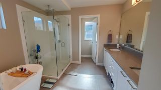 """Photo 16: 39260 CARDINAL Drive in Squamish: Brennan Center House for sale in """"Brennan Center"""" : MLS®# R2545288"""