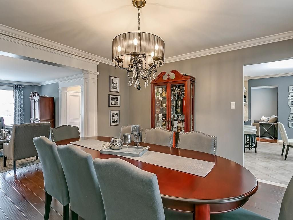 Photo 6: Photos: 2140 SIXTH Line in Oakville: Residential for sale : MLS®# H4068509