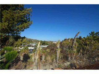 Photo 9: Residential for sale : 3 bedrooms : 5385 Brockbank in San Diego