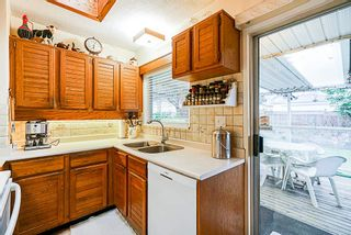 Photo 10: 3737 SOUTHWOOD Street in Burnaby: Suncrest House for sale (Burnaby South)  : MLS®# R2368984