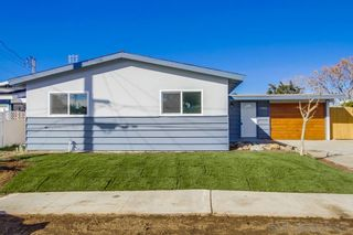 Photo 1: CLAIREMONT House for sale : 4 bedrooms : 5440 Norwich Street in San Diego