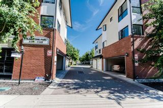 """Photo 1: 160 1132 EWEN Avenue in New Westminster: Queensborough Townhouse for sale in """"GLADSTONE PARK"""" : MLS®# R2133362"""