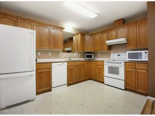 """Photo 5: 205 46777 YALE Road in Chilliwack: Chilliwack E Young-Yale Condo for sale in """"EVERGREEN ESTATES"""" : MLS®# H1400821"""