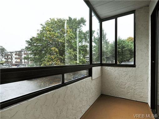 Photo 12: Photos: 204 1325 Harrison St in VICTORIA: Vi Downtown Condo for sale (Victoria)  : MLS®# 664128