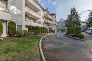 """Photo 32: 302 2526 LAKEVIEW Crescent in Abbotsford: Central Abbotsford Condo for sale in """"MILL SPRING MANOR"""" : MLS®# R2519449"""