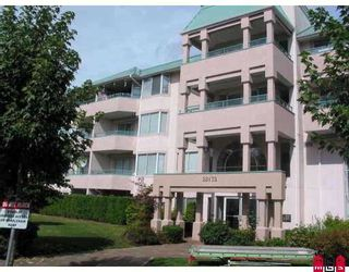 "Photo 1: 231 33173 OLD YALE Road in Abbotsford: Central Abbotsford Condo for sale in ""Sommerset Ridge"" : MLS®# F2809033"