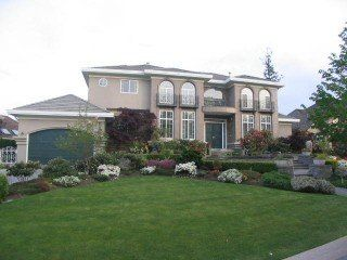 Main Photo: 13940 21 A Avenue in South Surrey: Home for sale : MLS®# F2509251