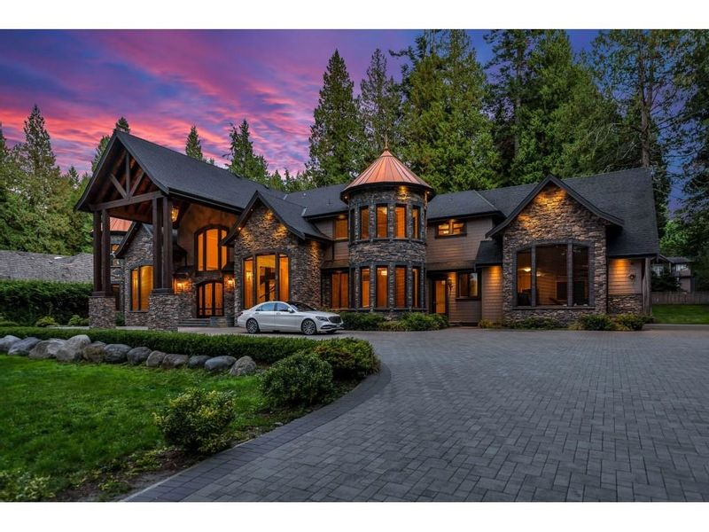 FEATURED LISTING: 13288 WOODCREST Drive Surrey