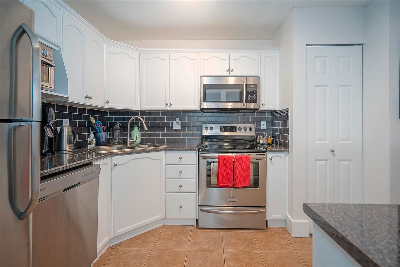 """Photo 9: Photos: 321 301 MAUDE Road in Port Moody: North Shore Pt Moody Condo for sale in """"Heritage Grand"""" : MLS®# R2567114"""